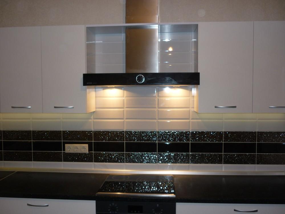 Белый кухонный гарнитур-Кухня МДФ в ПВХ «Модель 304»-фото4