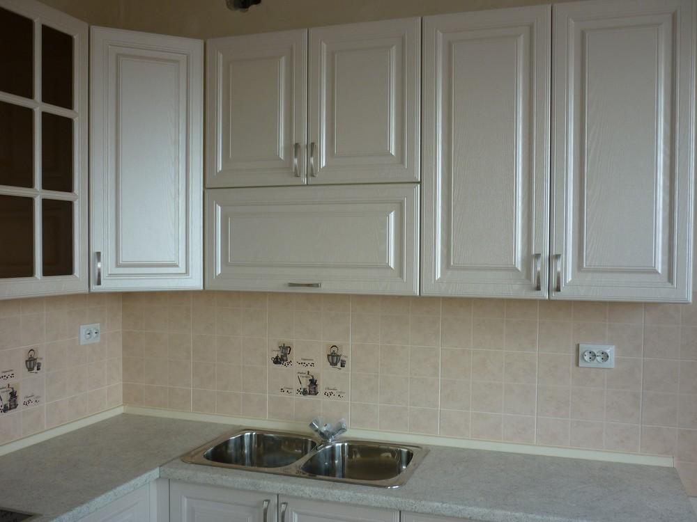 Белый кухонный гарнитур-Кухня МДФ в ПВХ «Модель 169»-фото2
