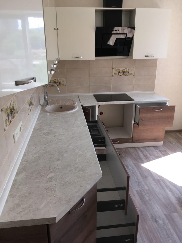 Белый кухонный гарнитур-Кухня МДФ в шпоне «Модель 318»-фото8