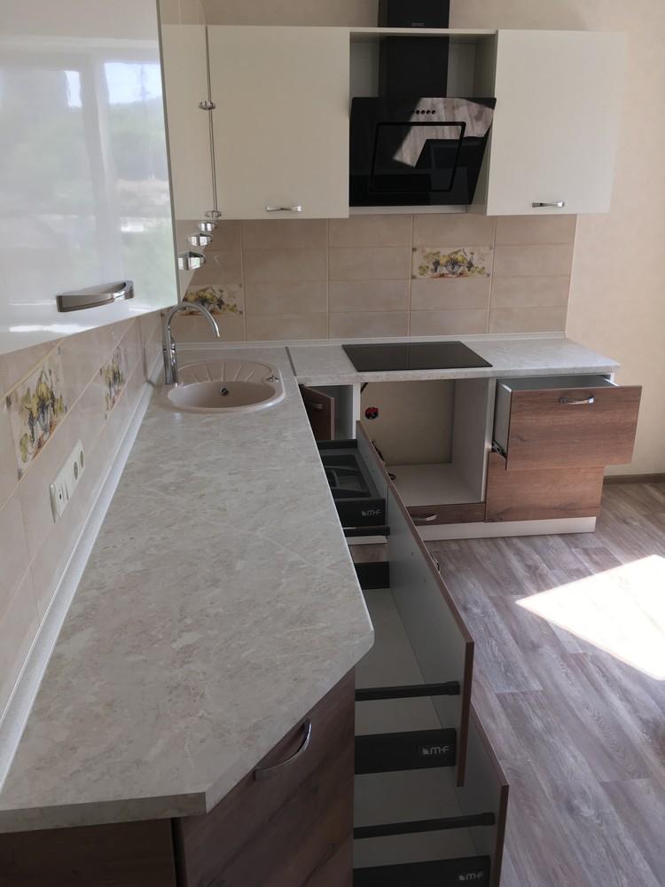 Белый кухонный гарнитур-Кухня МДФ в шпоне «Модель 318»-фото9