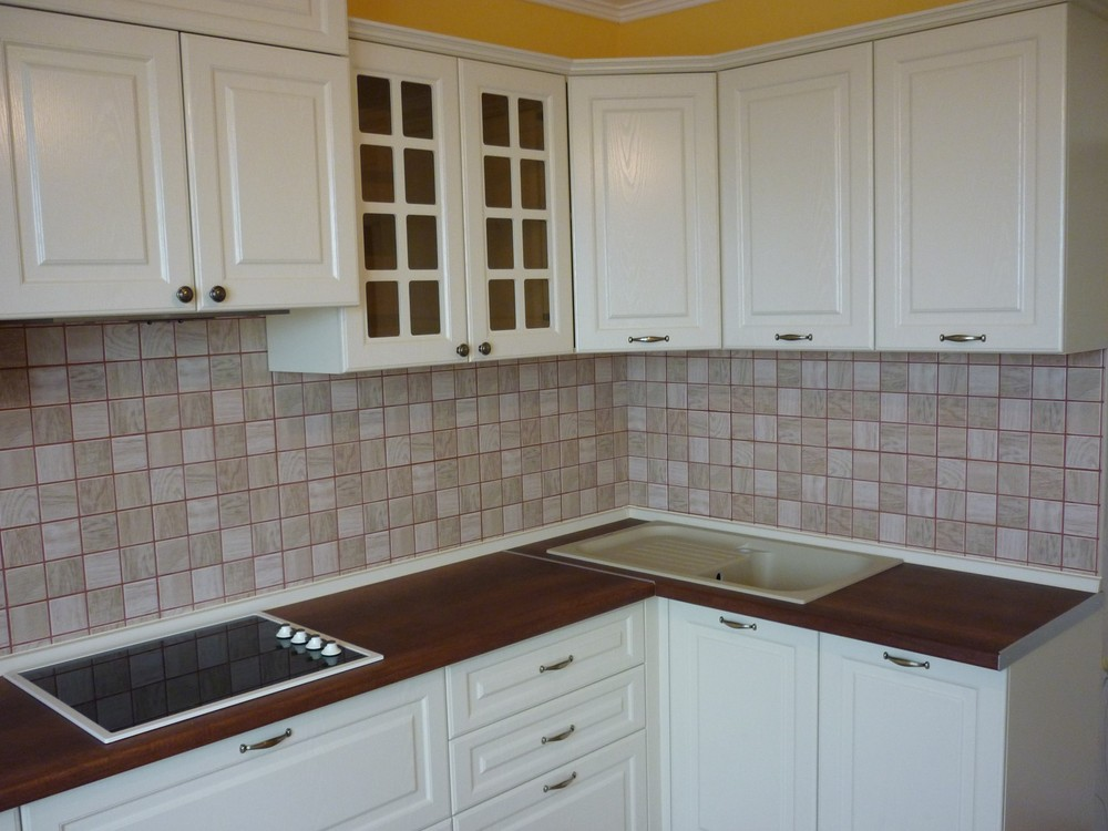 Белый кухонный гарнитур-Кухня МДФ в ПВХ «Модель 246»-фото2