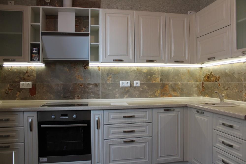 Белый кухонный гарнитур-Кухня МДФ в ПВХ «Модель 232»-фото2