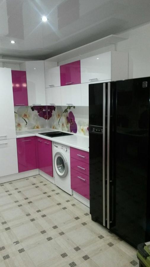 Белый кухонный гарнитур-Кухня из пластика «Модель 395»-фото2