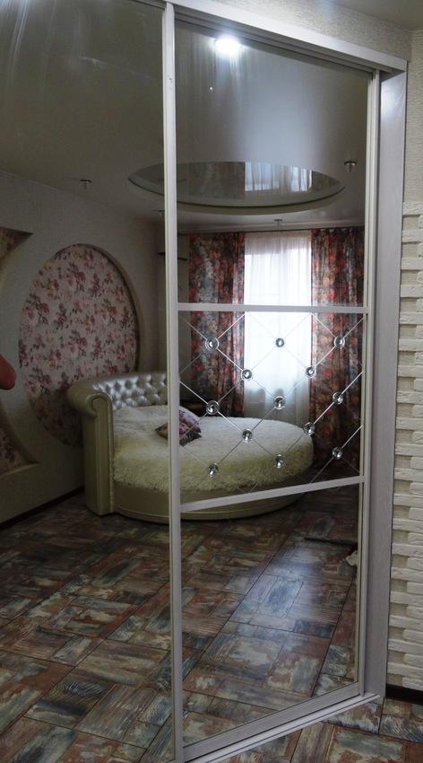 Бельевой шкаф-купе-Шкаф-купе с зеркалом «Модель 457»-фото3