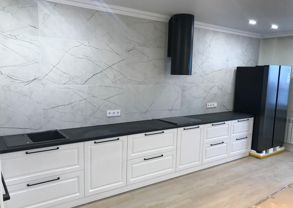 Белый кухонный гарнитур-Кухня МДФ в ПВХ «Модель 553»-фото3